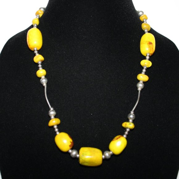 """Silver and yellow stone toggle necklace 20"""""""